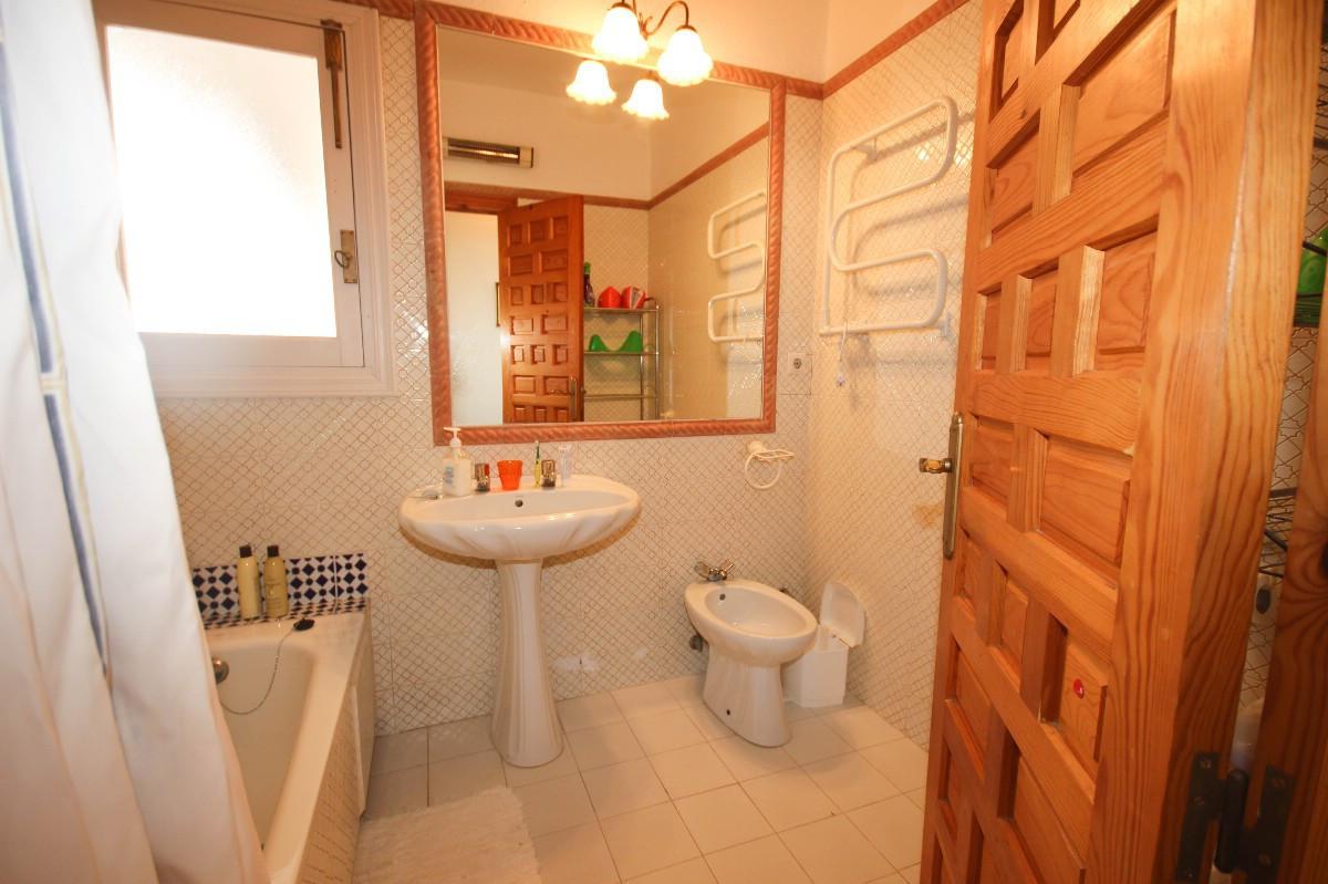 House in Benahavís R2544653 19