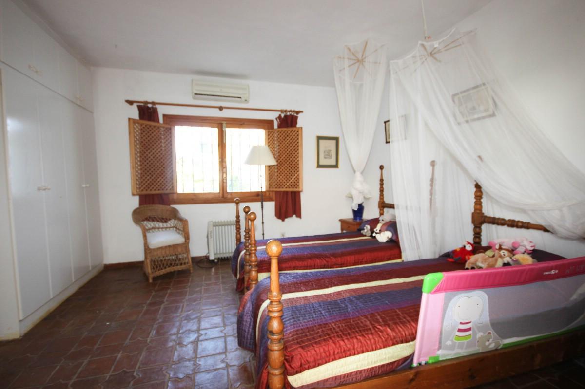 House in Benahavís R2544653 20