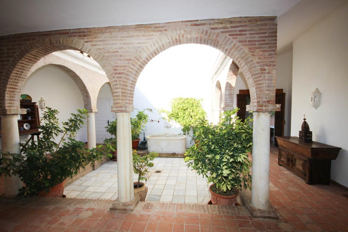House in Benahavís R2544653 4