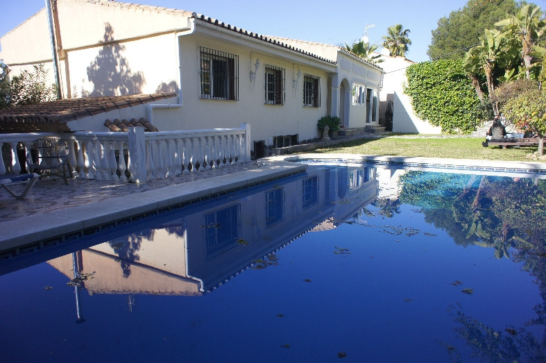 Villa Individuelle à Nueva Andalucía R2405135