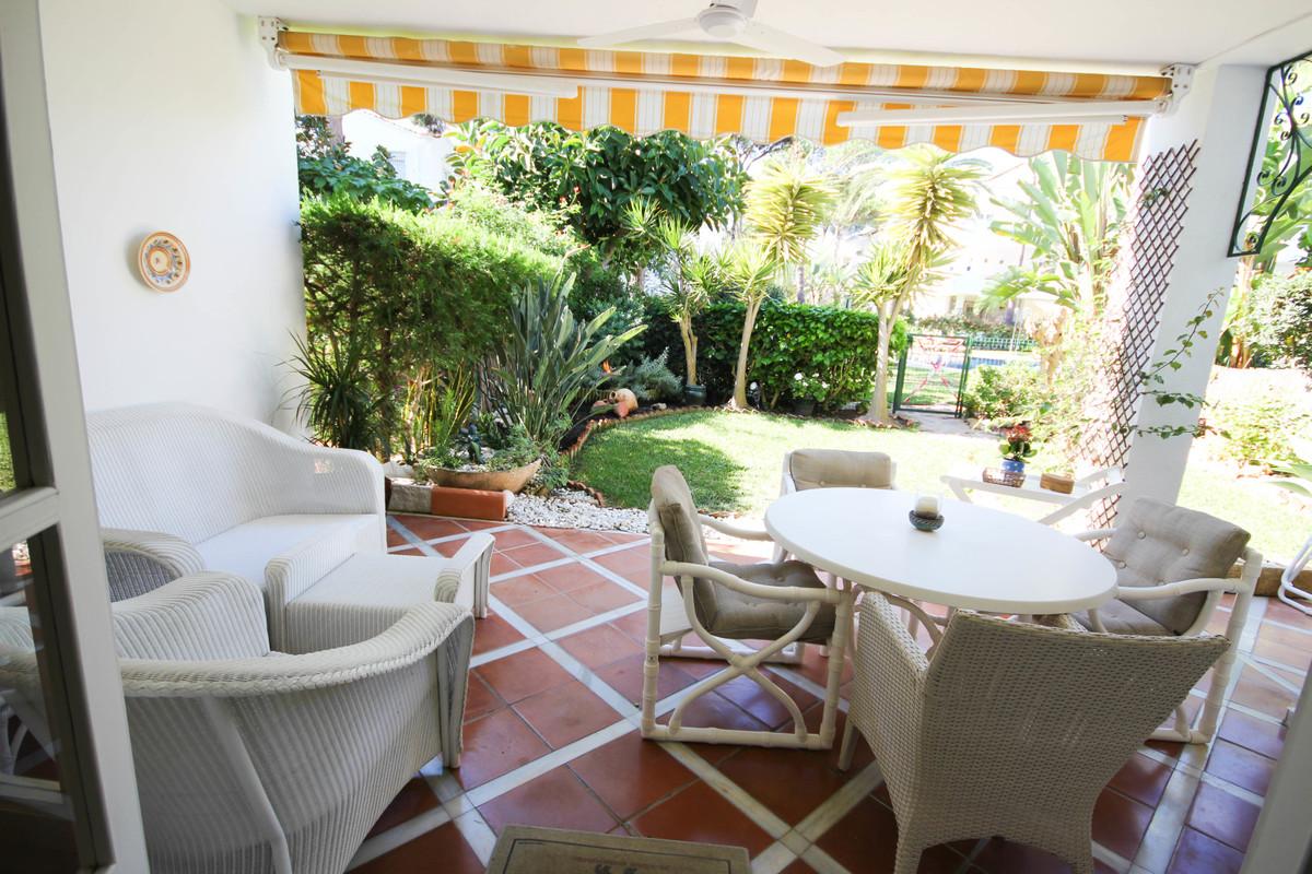 Lovely garden floor apartment with 2 bedrooms, 2 bathrooms, west facing and garden views. It consist,Spain
