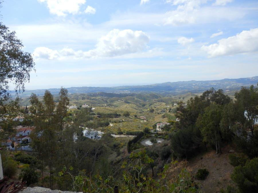 Plot  Residential for sale   in Valtocado