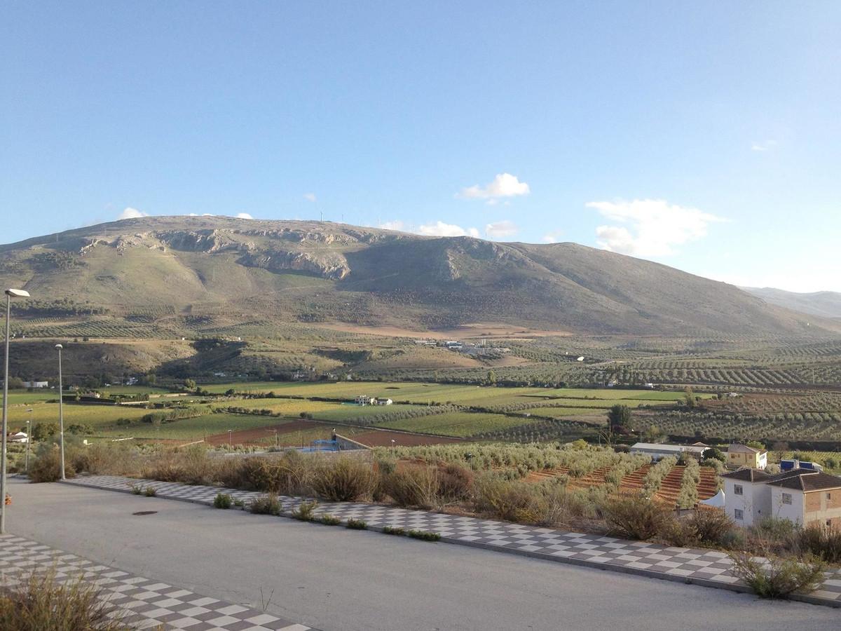Residential plots for sale in Urb. Santa Barbara, Loja. Lovely views to Sierra Nevada.  We have seve,Spain