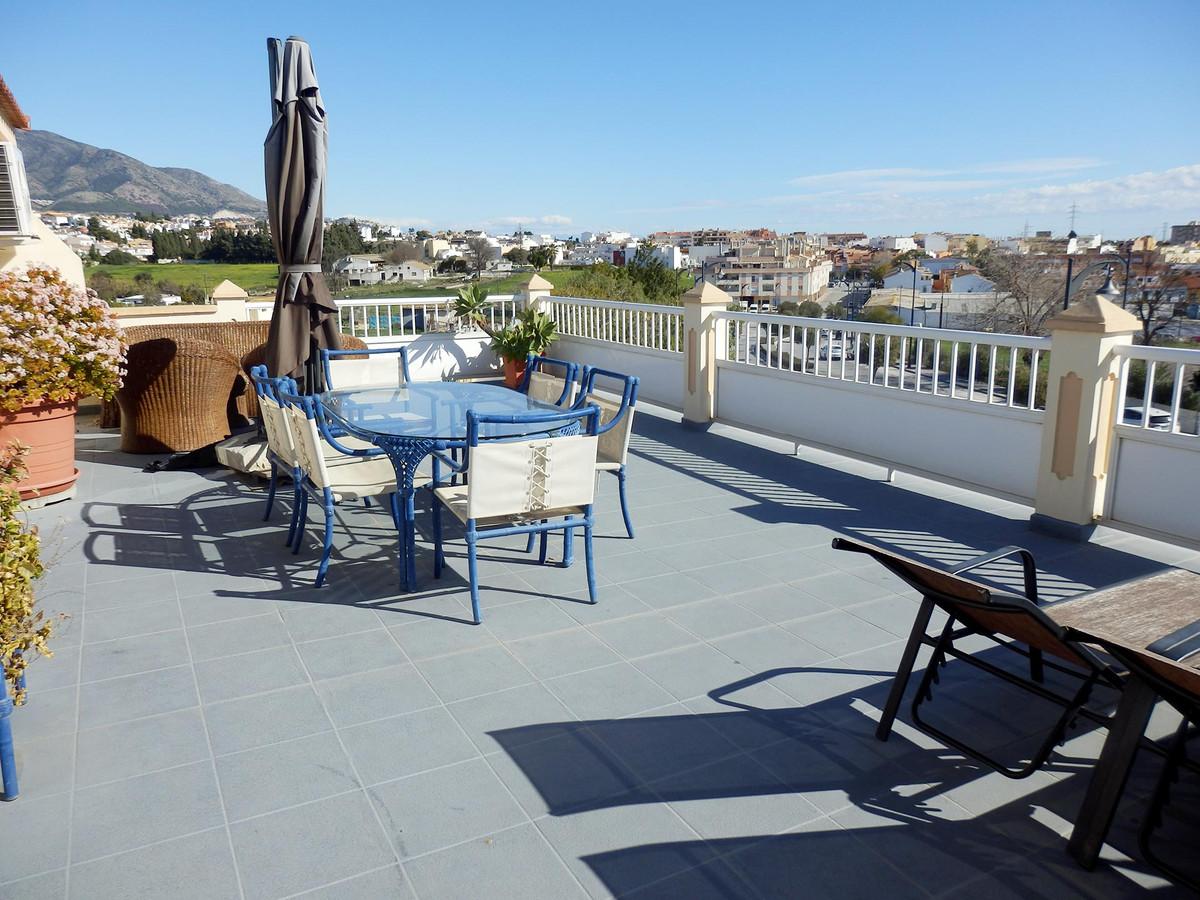 Villa  Semi Individuelle en vente   à Mijas Costa