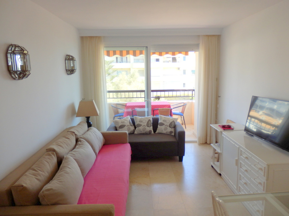 Lägenhet på mellanplan i Fuengirola R3225544