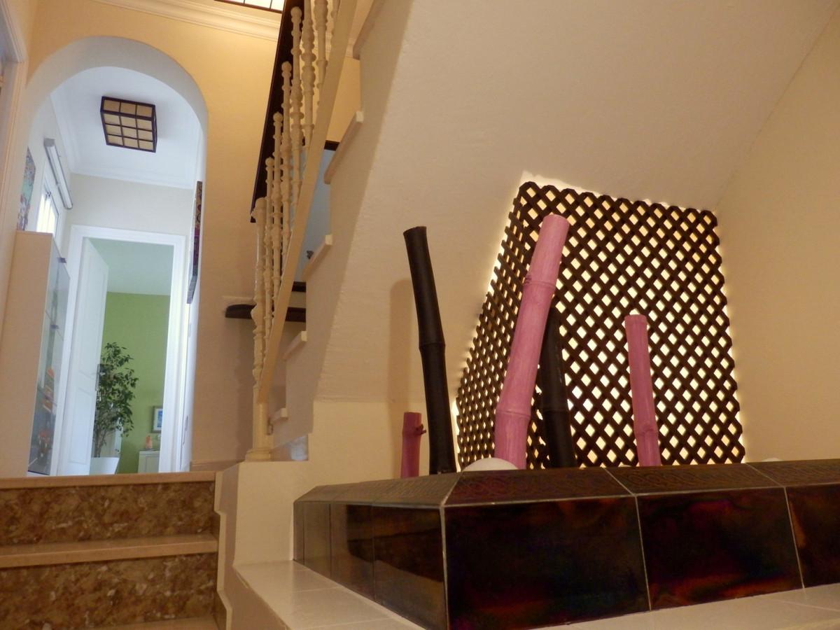 Villa Semi Individuelle à Los Pacos, Costa del Sol