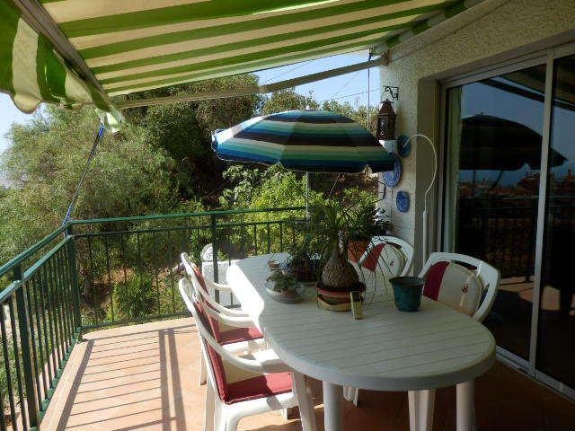 Cosy villa in  Torreblanca  with 457m2 plot, built 156 m2 South orientation, great panoramic sea vie,Spain