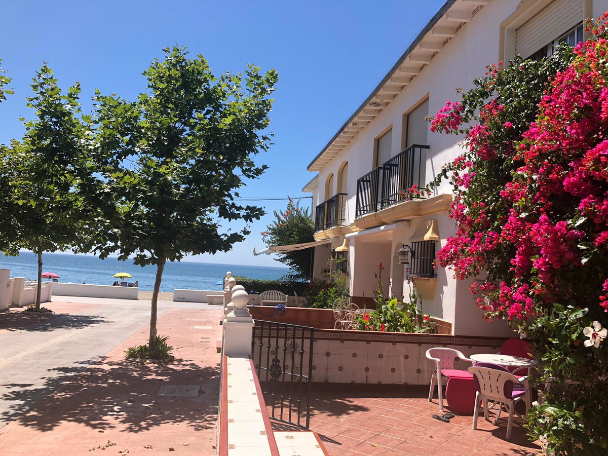 Villa  Semi Individuelle en vente   à La Cala de Mijas