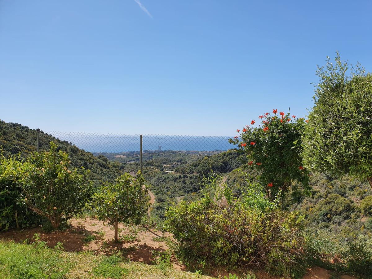 Fantastic property located in Los alto de Los Monteros Marbella.  It is an exclusive first quality r,Spain