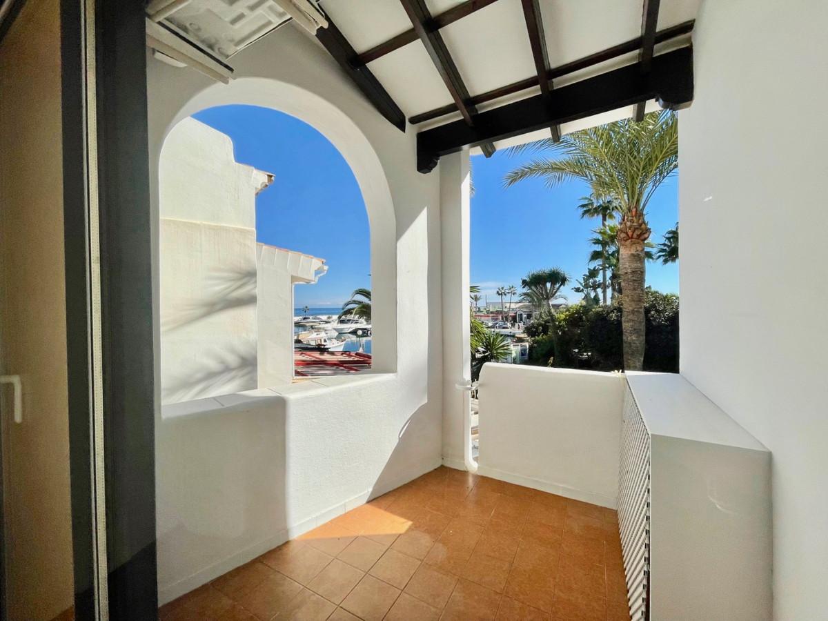 Apartment for Sale in Puerto de Cabopino, Costa del Sol