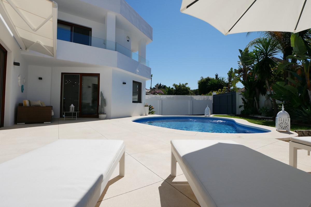 Villa zu verkaufen in Marbesa R3906769