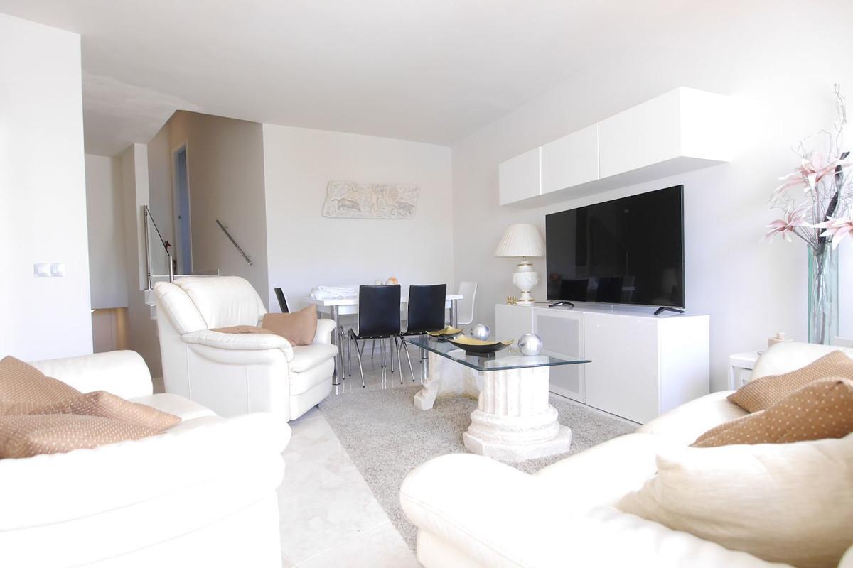 Apartamento 3 Dormitorios en Venta Puerto de Cabopino