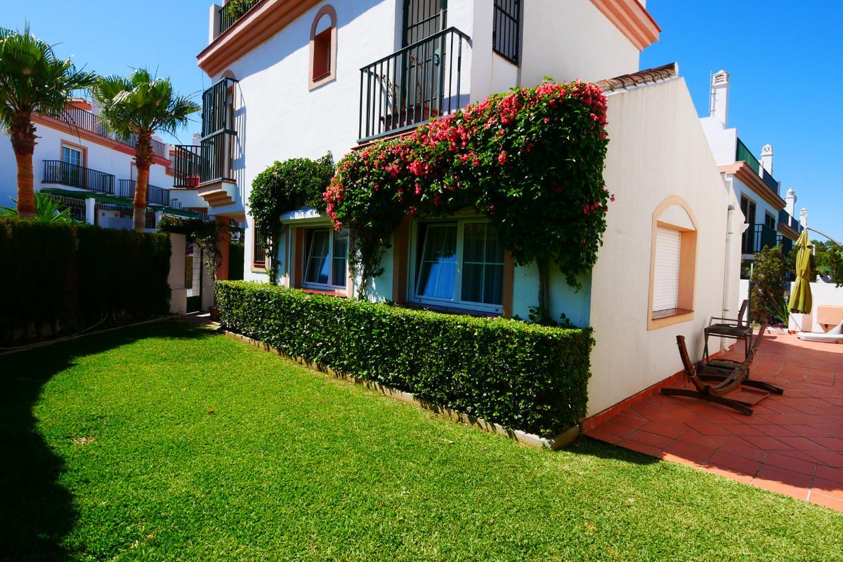 Villa  Detached for sale   in Cabopino