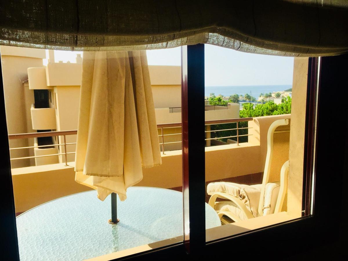 Apartamento con 3 Dormitorios en Venta La Cala de Mijas