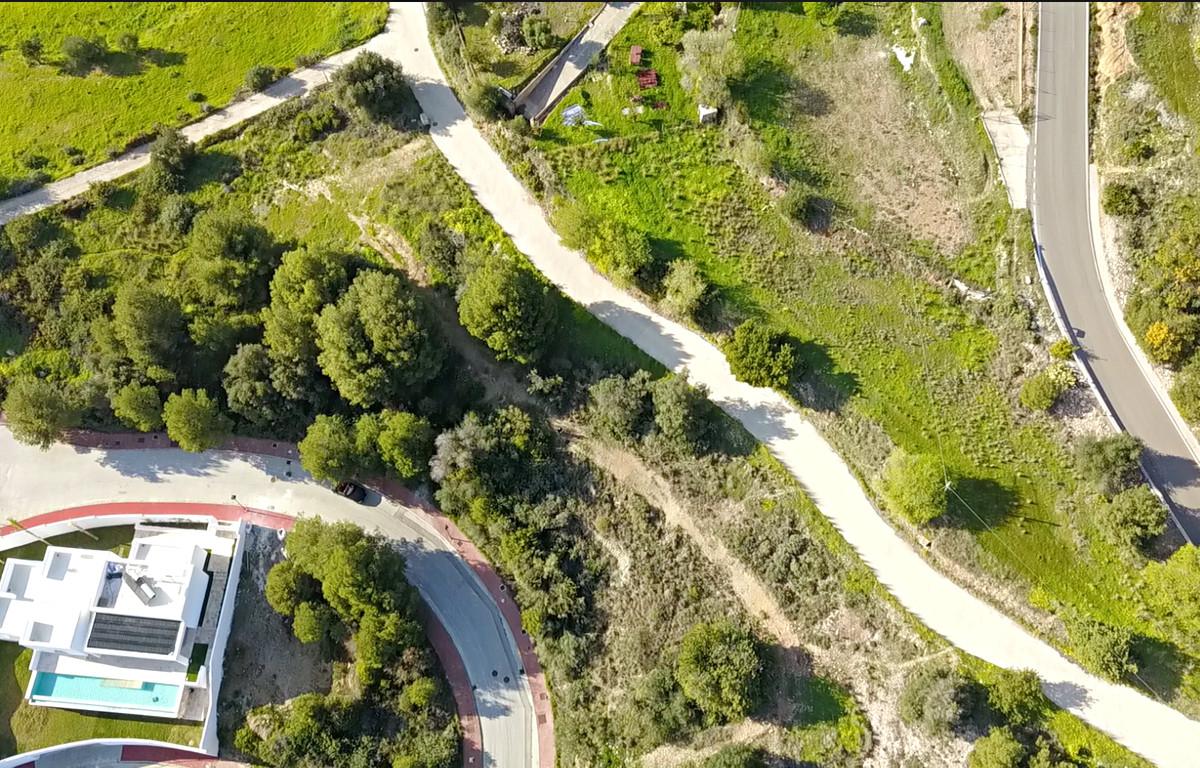 Residential plot with great sea views close to Benalmadena, the beaches and Mijas Pueblo. The plot i,Spain