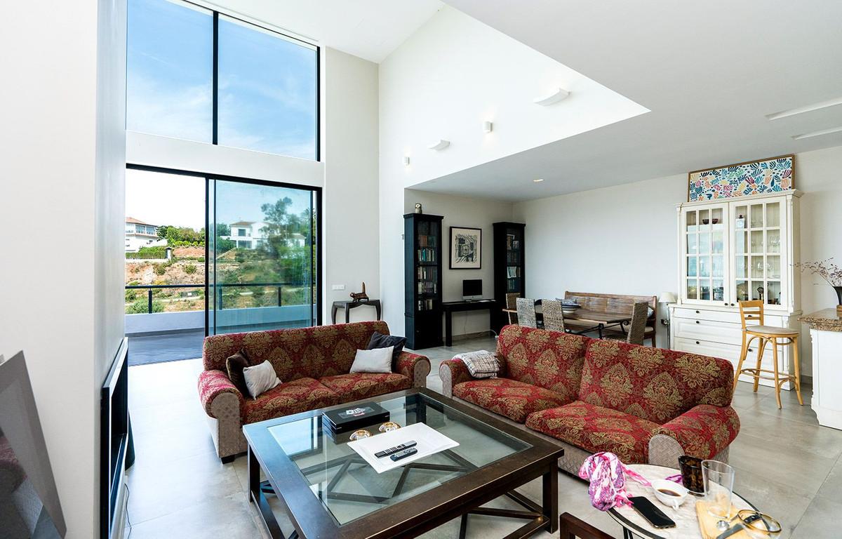 House in El Rosario R2732846 4