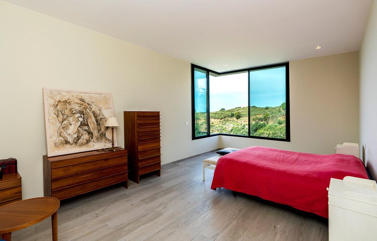 House in El Rosario R2732846 9