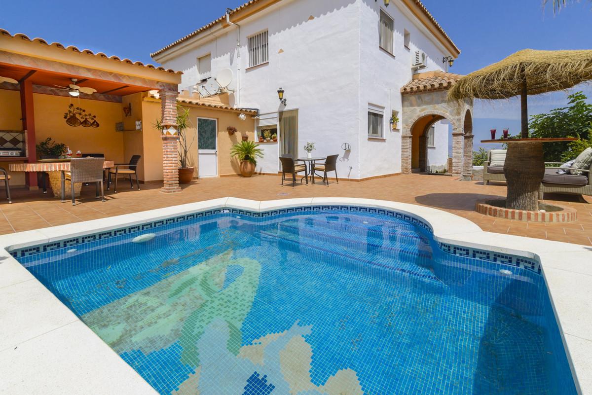 Villa Semi Detached Alhaurín de la Torre Málaga Costa del Sol R3557371