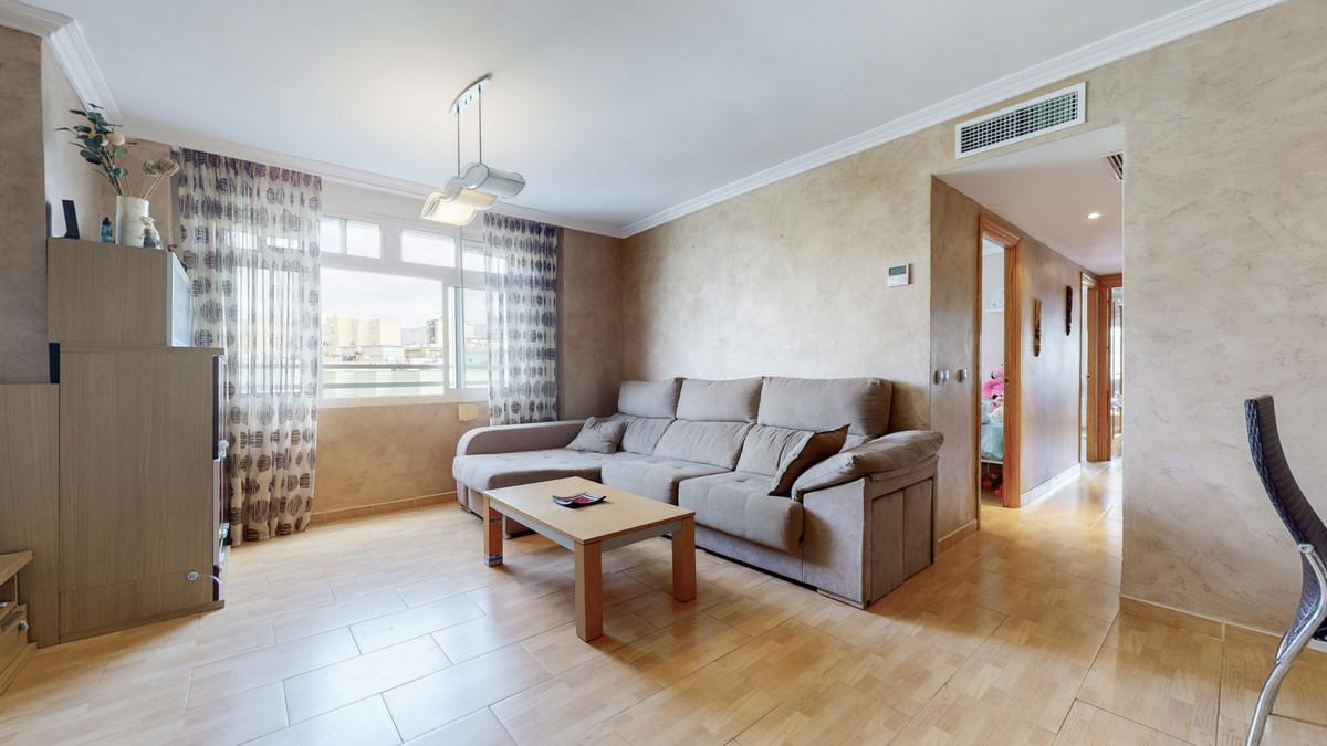 Middle Floor Apartment, Parque Norte, Malaga Ciudad. 3 Bedrooms, 2 Bathrooms, Built 97 m².  Setting ,Spain
