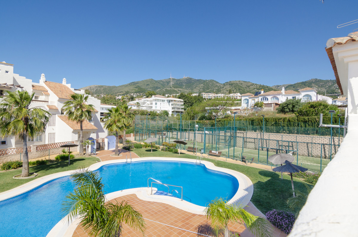 Spacious Duplex in the exclusive Arenal Golf Phase I urbanization.   The house is made up of 2 floor,Spain
