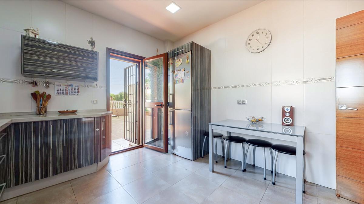 House in Arroyo de la Miel R3884413 20