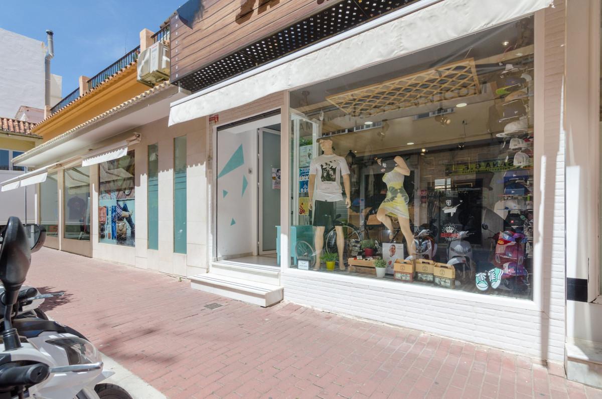 Tienda en venta   en Fuengirola