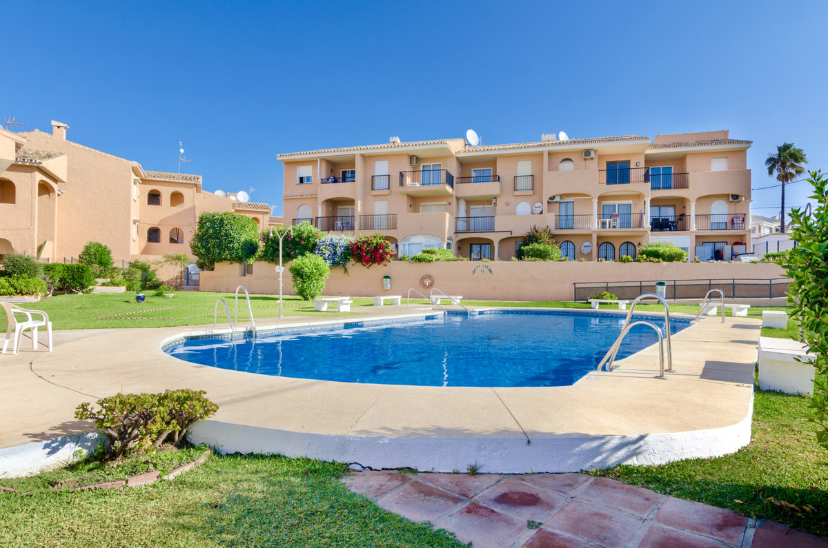 Middle Floor Apartment for sale in Mijas R3895831