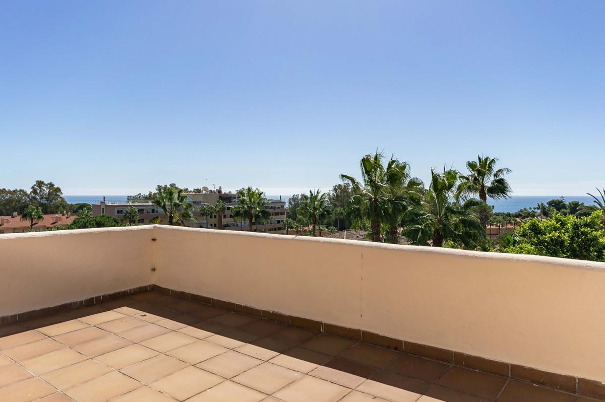 Villa  Detached for sale   in Carib Playa