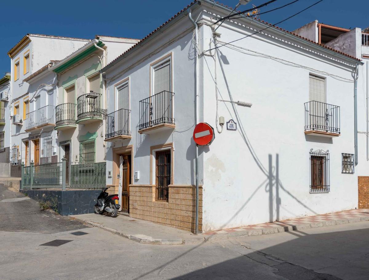 Villa con 3 Dormitorios en Venta Cuevas De San Marcos