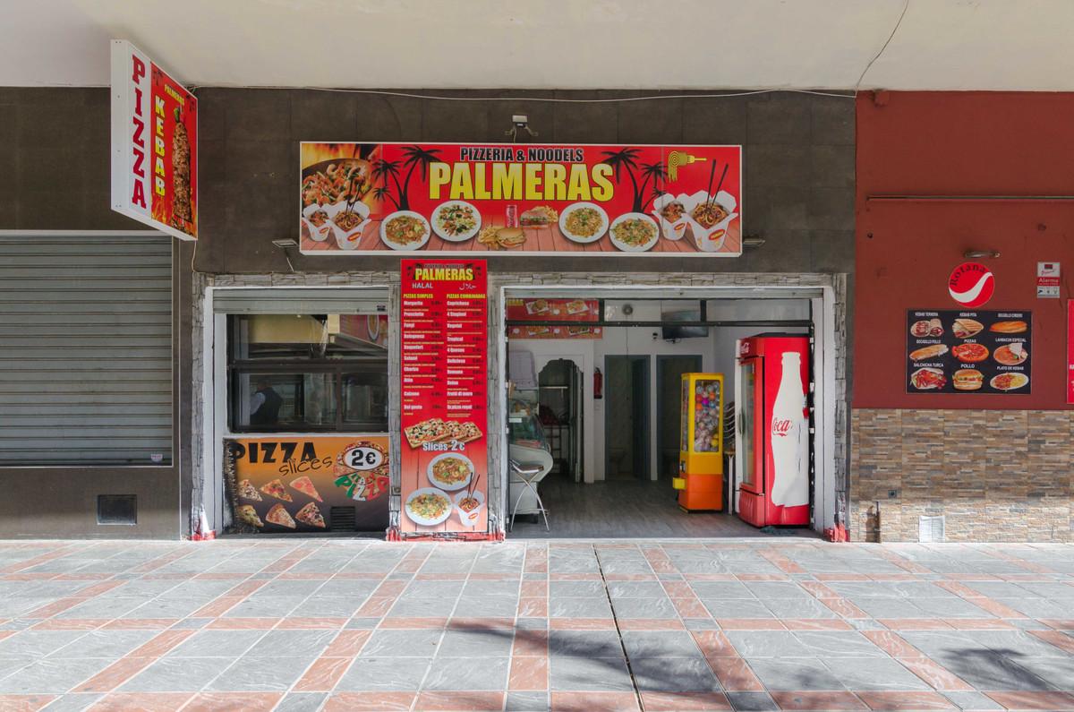 Opportunity transfer Kebab restaurant and pizzeria working Great opportunity restaurant Kebab and pi,Spain