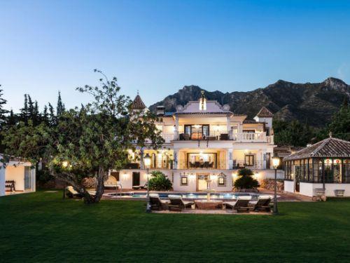 Villa con 12 Dormitorios en Venta Sierra Blanca