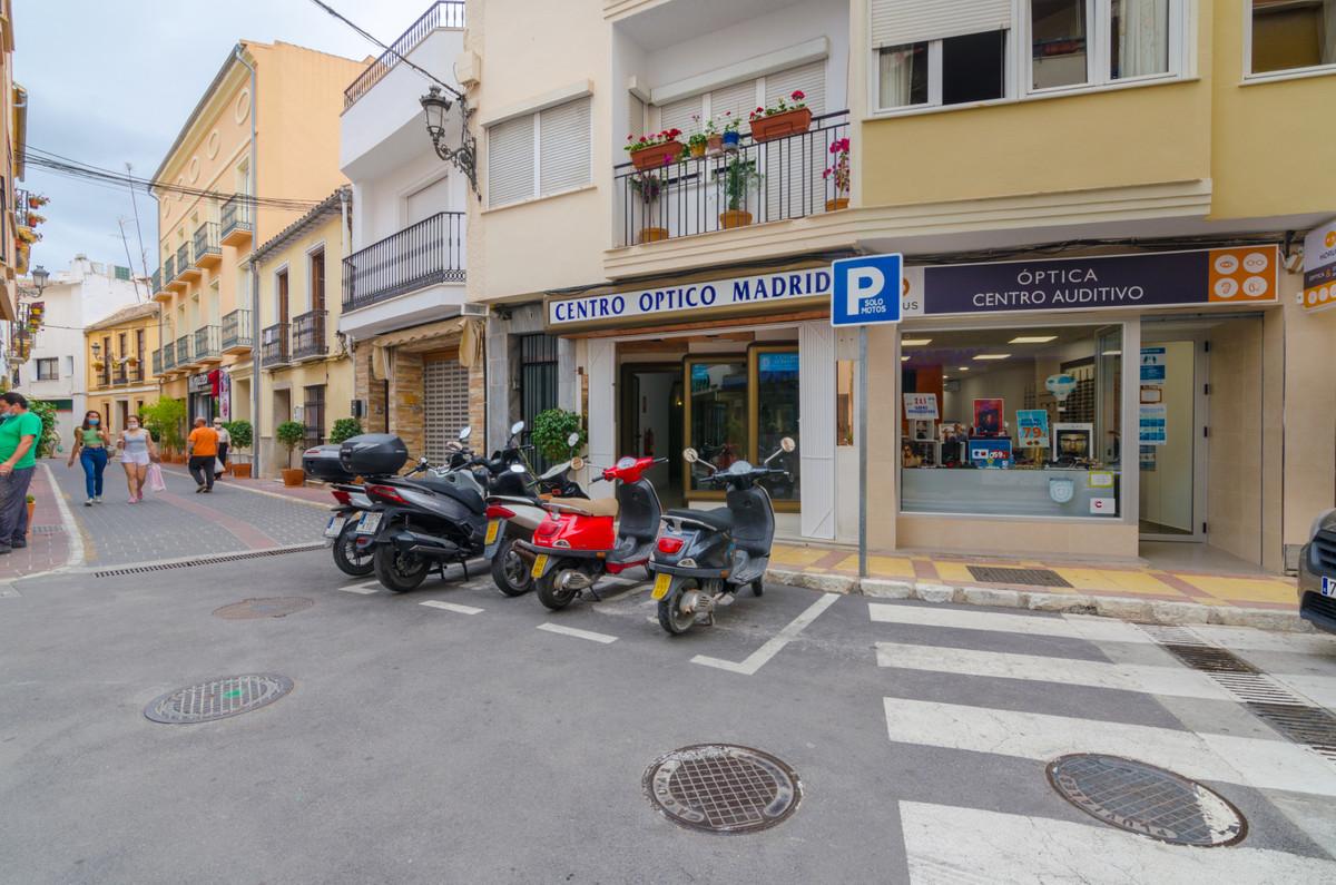 Commerce  Locaux Commerciaux en vente   à Coín