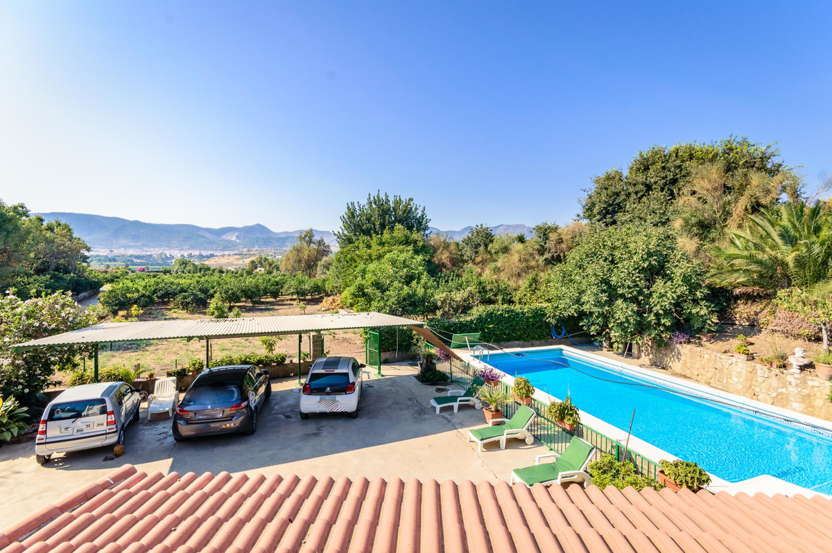 Finca - Cortijo, Alhaurin de la Torre, Costa del Sol. 5 Bedrooms, 2 Bathrooms, Built 192 m²,Spain