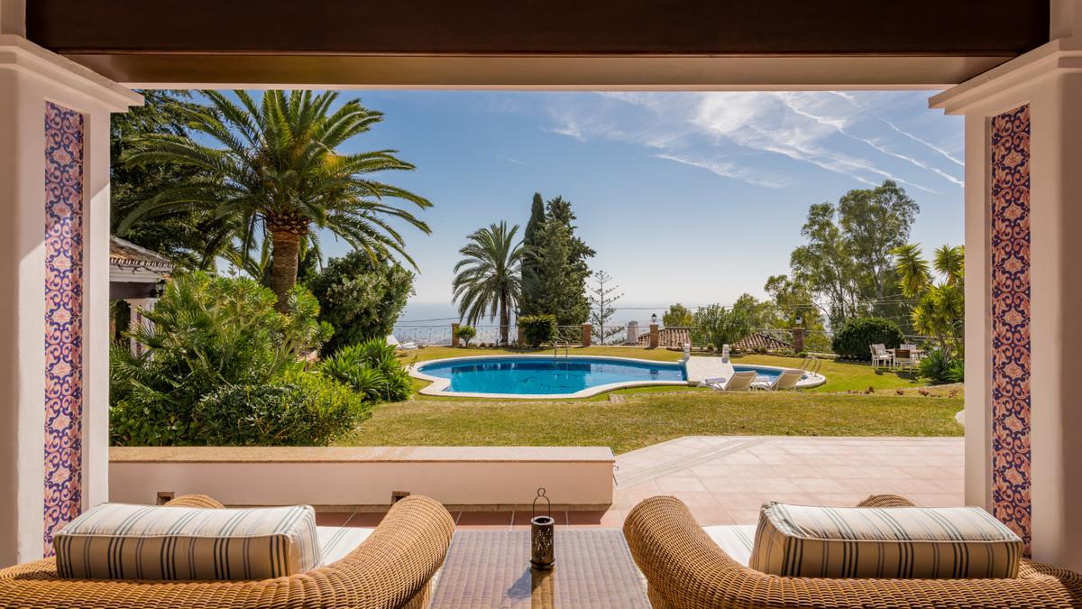 Detached Villa for sale in Mijas R3597704