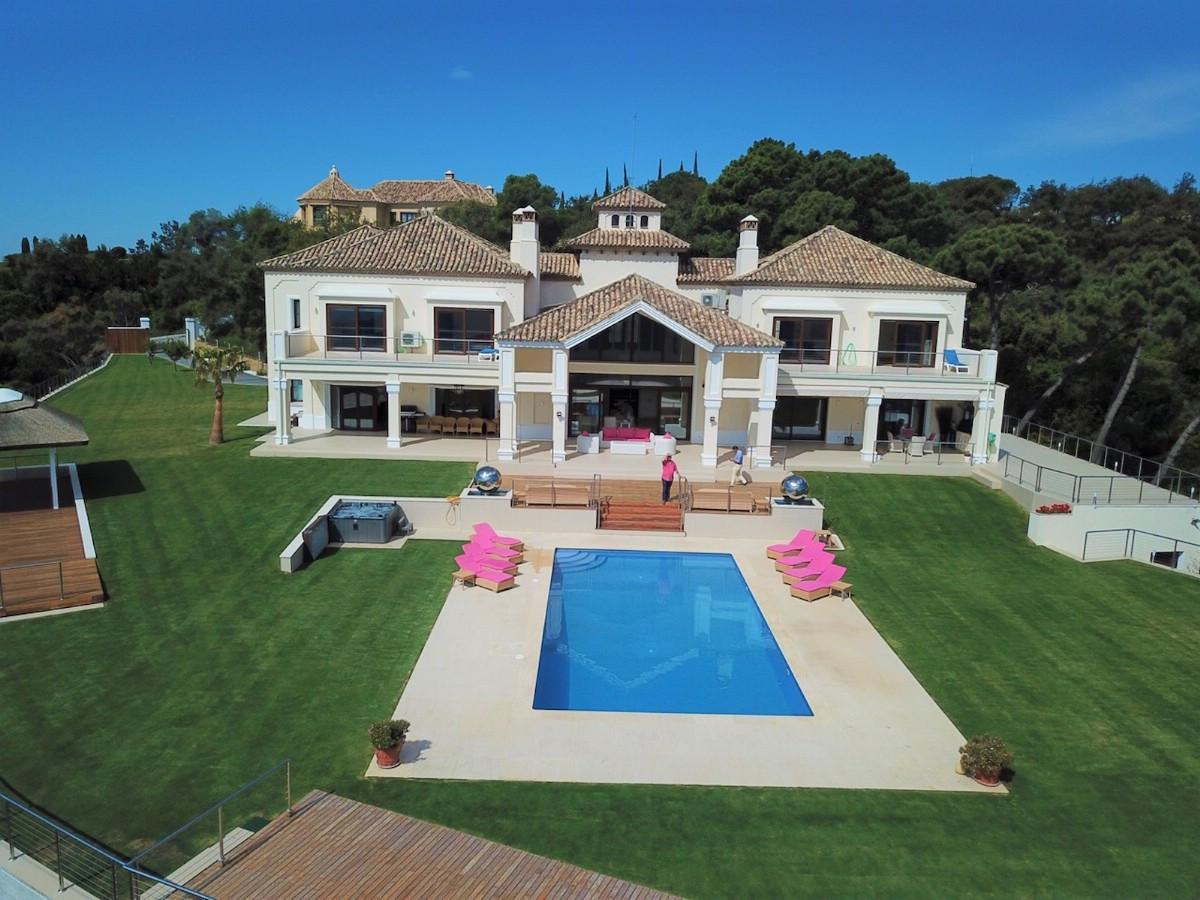 Villa 6 Dormitorios en Venta La Zagaleta