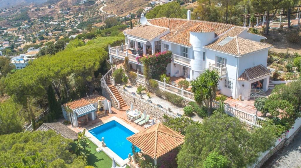 Villa zu verkaufen in Mijas R3473833