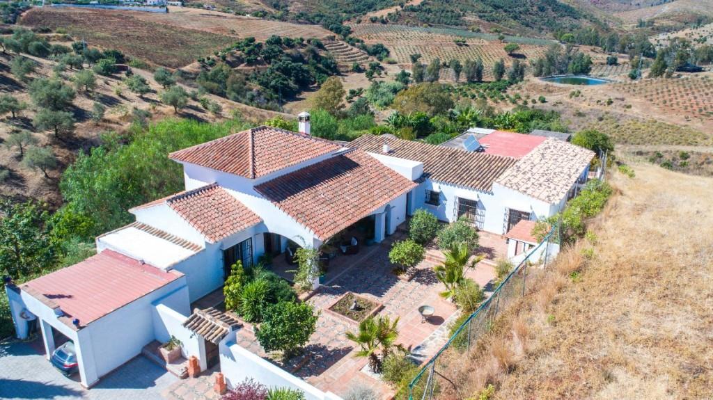 Finca - Cortijo for sale in Mijas R3523519