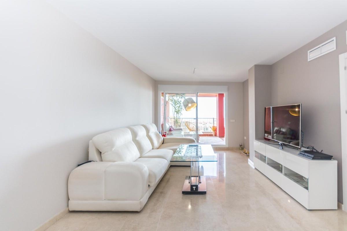 Apartment Penthouse Los Pacos Málaga Costa del Sol R3419275 6
