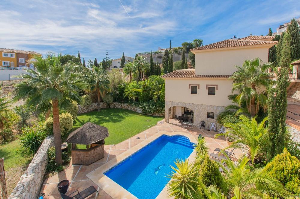Villa - Chalet en venta en Mijas R3473830