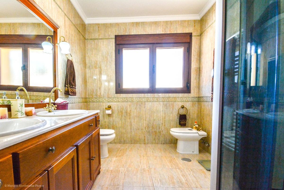 House in Ronda R2876174 26