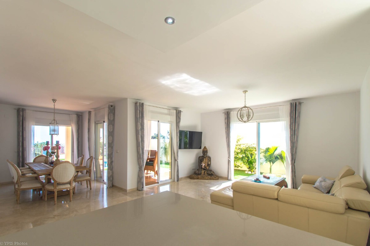 House in Torrequebrada R3265798 11