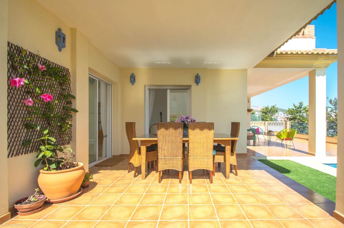 House in Torrequebrada R3265798 20