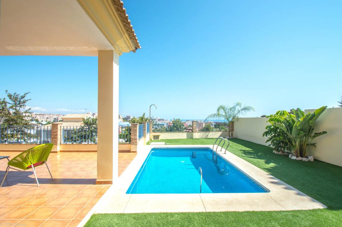 House in Torrequebrada R3265798 53