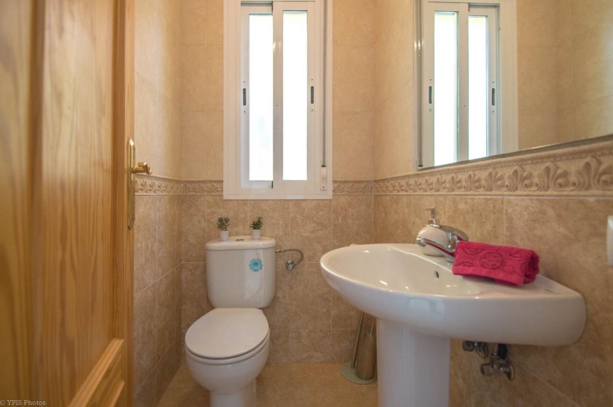 House in Torrequebrada R3265798 9
