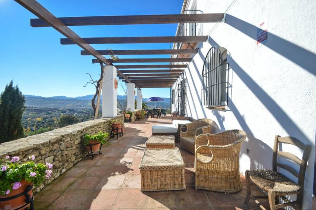 Villa con 10 Dormitorios en Venta Ronda