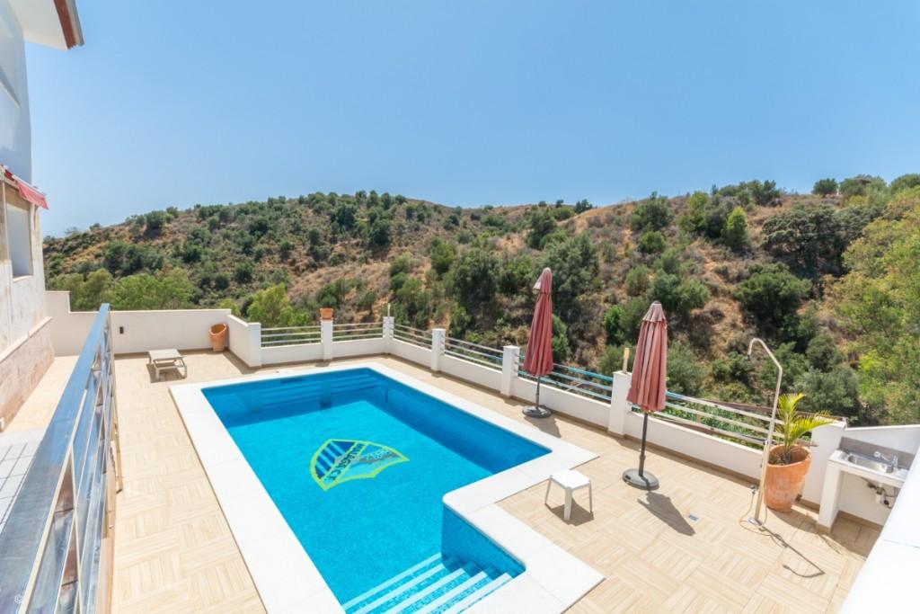 Villa, Detached  for sale    in Mijas Costa