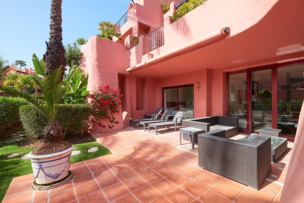 New Golden Mile, Estepona  Spacious, quality ground floor apartment in the frontline beach complex o,Spain