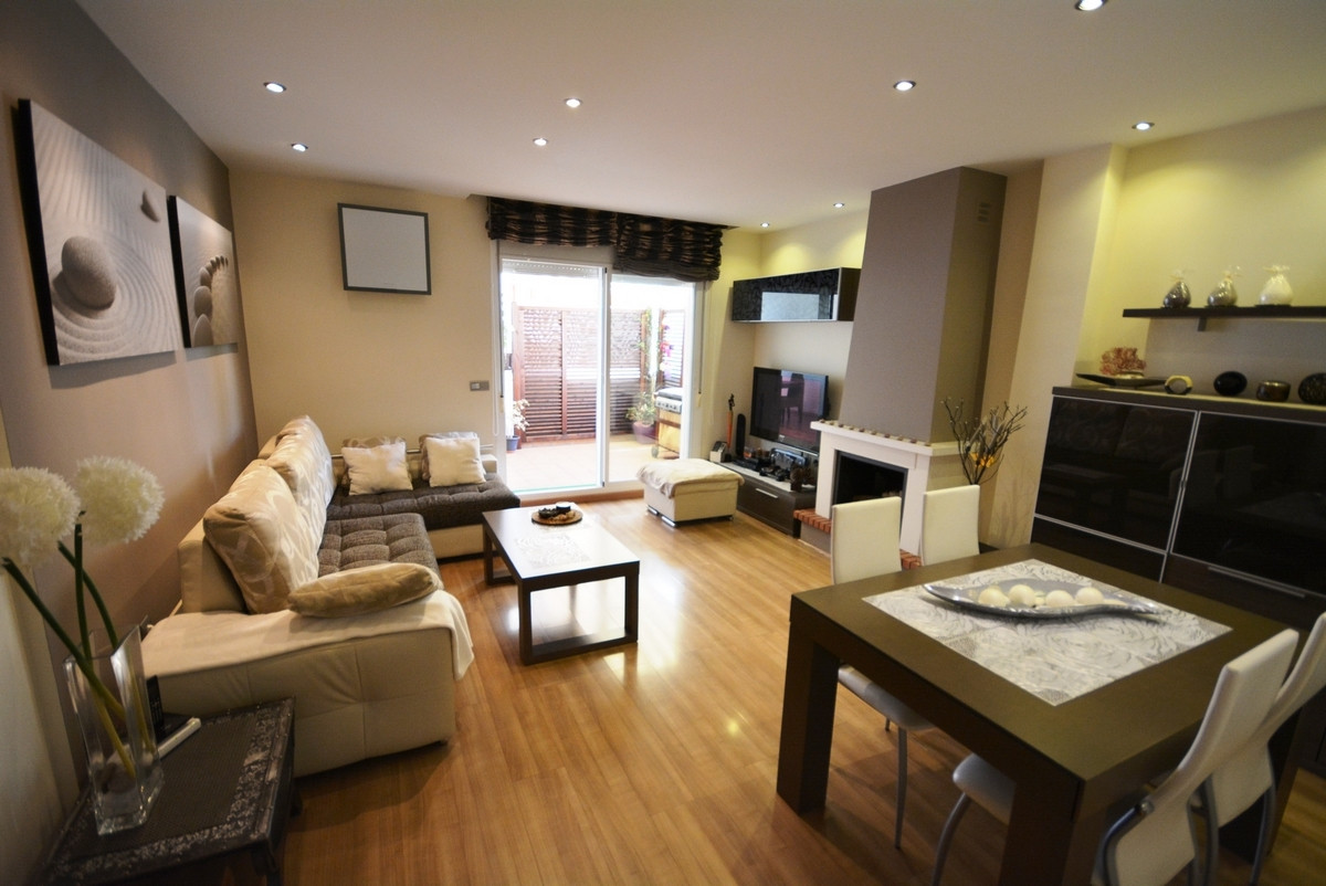 Wonderful apartment on top floor and corner located in NUEVA TORREQUEBRADA, just two minutes walk fr,Spain