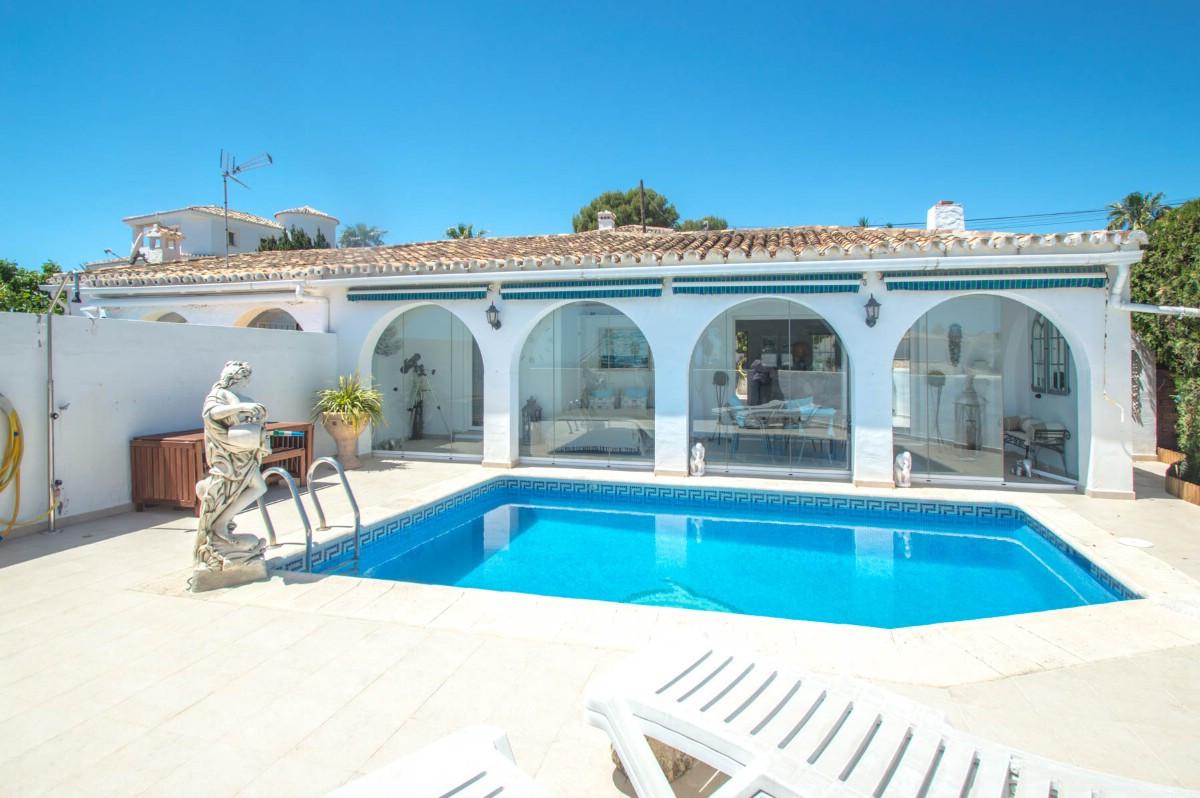 Villa Semi Detached Benalmadena Málaga Costa del Sol R3410317