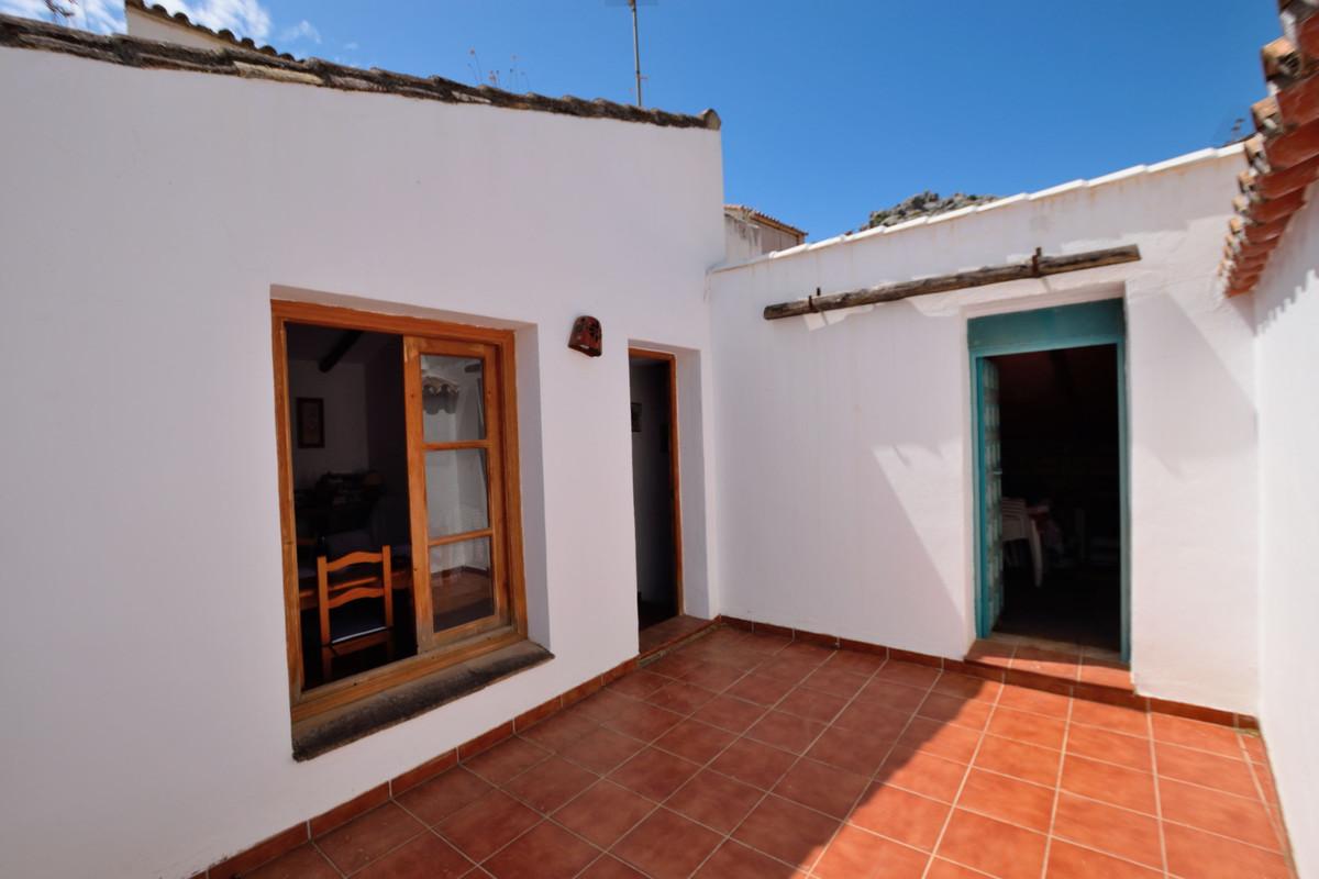 3 Dormitorio Independiente Villa En Venta Montejaque